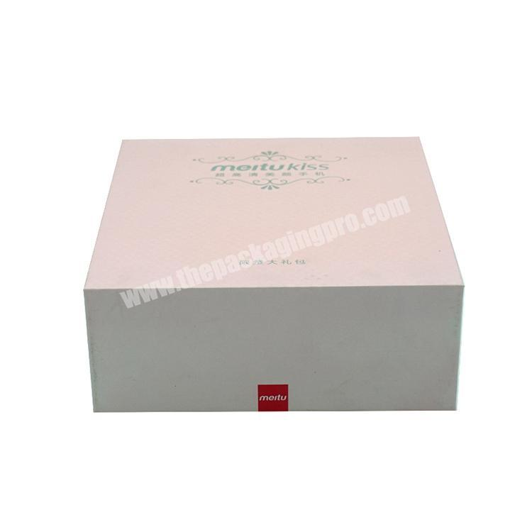 2019 Manufacturer Customized Cell phone cardboard paper packaging box