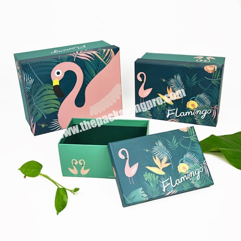 2020 Custom Colorful Present Shopping Packing Christmas Paper Bag