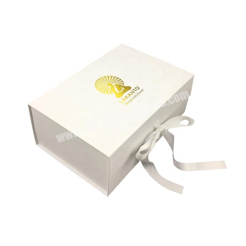2020 Popular Matt White Cardboard Boxes Luxury Paper Packaging Box With Ribbon