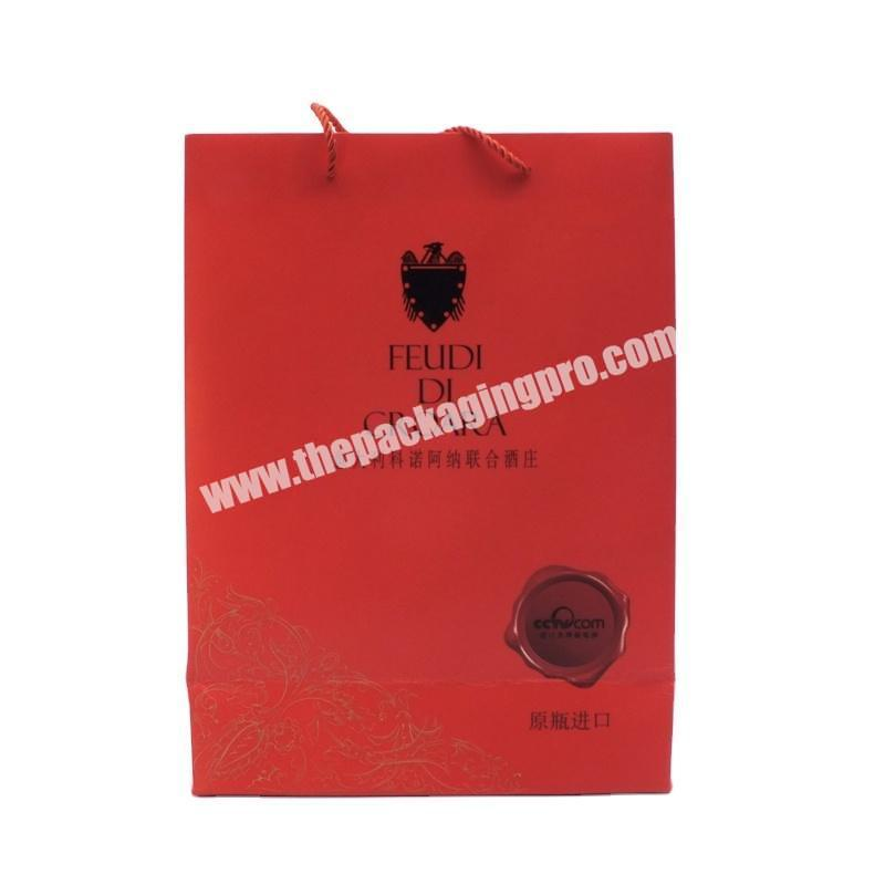 Wholesale 2020 Popular factory new customized art paper glittering red paper handle bag for gift clothes packaging paper bag