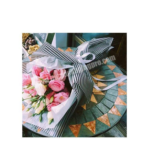 Wholesale New design Flower wrapping paper waterproof florist paper plastic wrapping film for flower