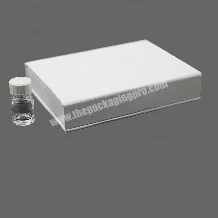 Supplier New essential oil storage presentation carton display makeup set magnetic cosmetic packaging perfume box with custom logo