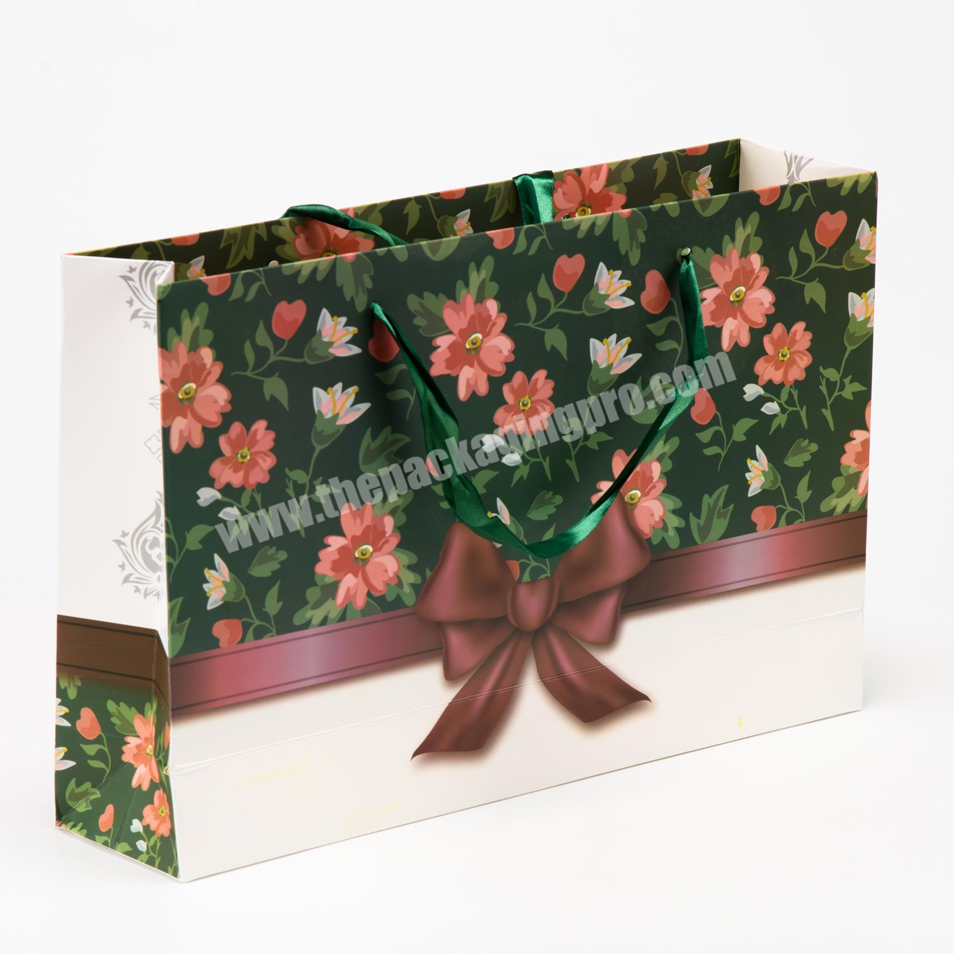 Supplier white kraft paper shopping bag christmas paper gift bags