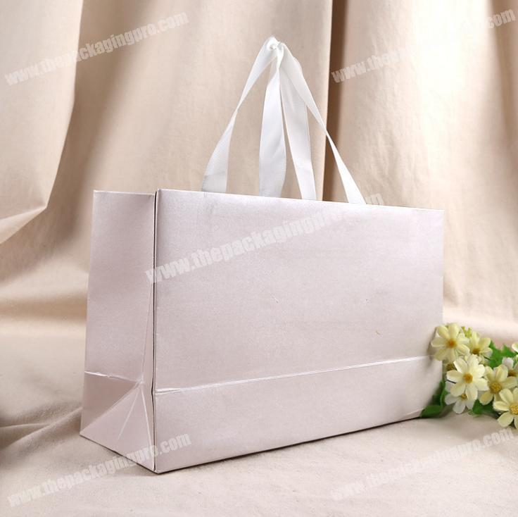 Biodegradable Pearl Wedding Gift Paper Bag With Handle