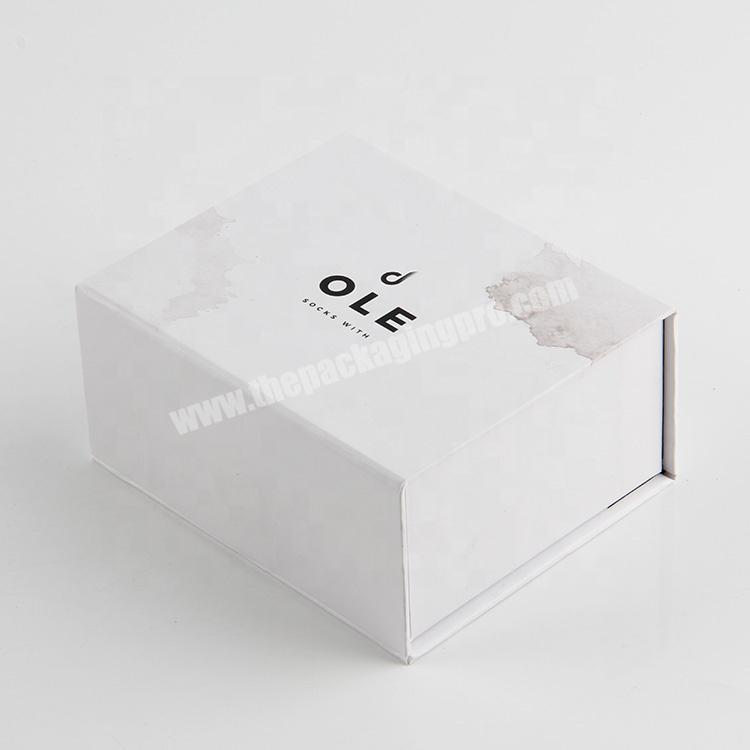 Custom china a4 dimensions  luxury cosmetic packaging magnet clamshell paper box oem wholesale
