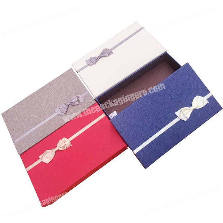 China Supplier Custom Printing Luxury Paper Lid and Base Ribbon Wedding Gift Packaging Box
