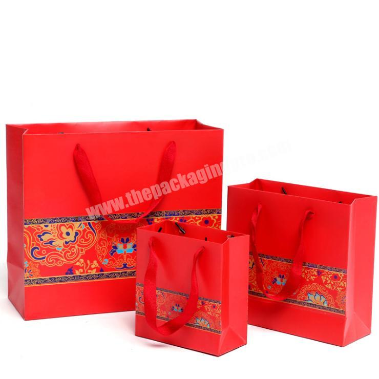 christmas paper bags economic jewelry boxes with bag fashion bags 2020