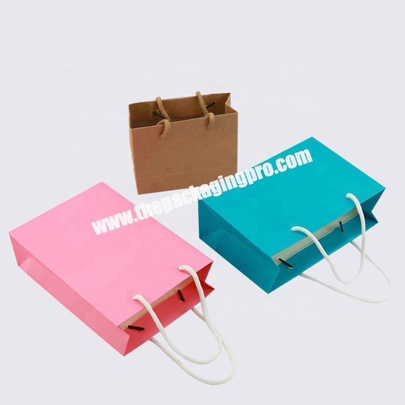 Custom luxury cloth carrying rigid gift paper carry flower bouquet bags with candy color