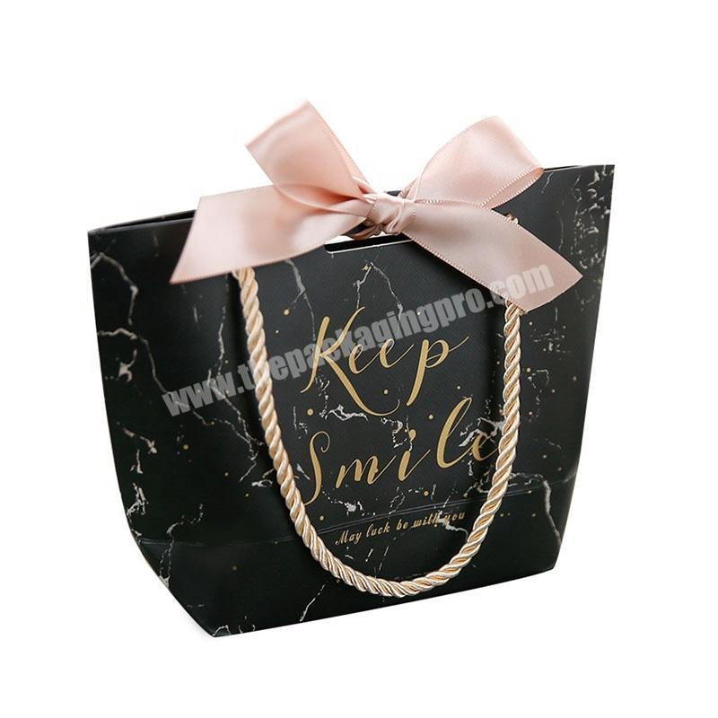 Custom Printed Luxury Bouquet  Black Jewelry Packaging Watch Shopping Gift Paper Bag With Handle