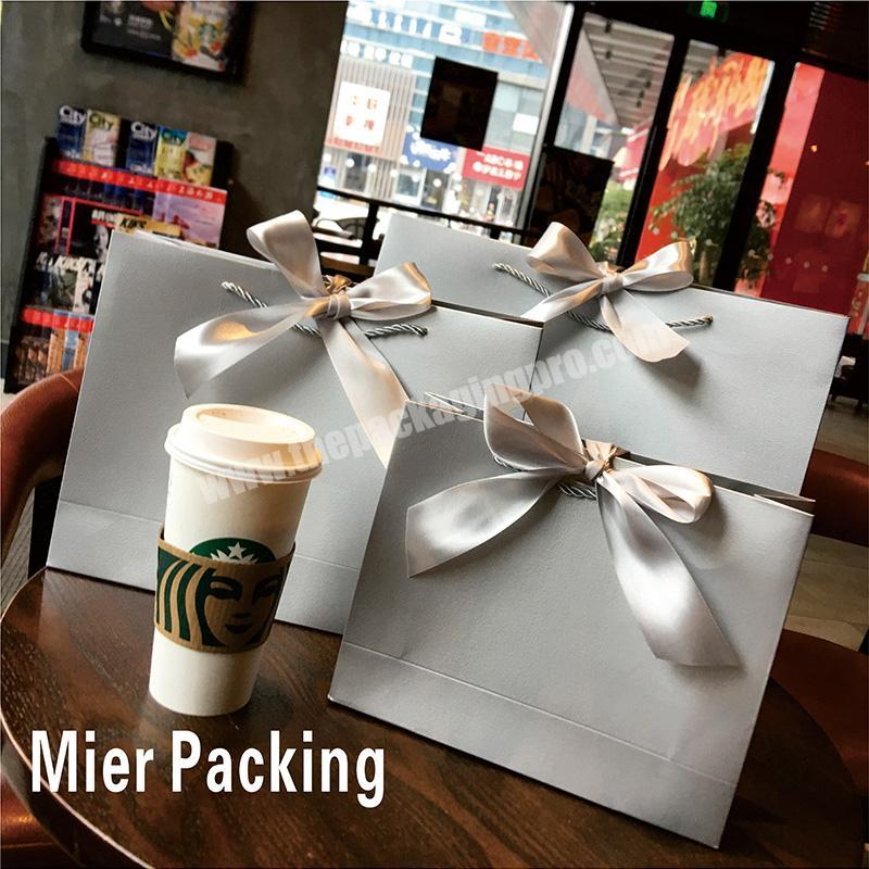 Custom Printing Cheap Silver Gold Polka Dots Paper Bags Gift Bags Candy Box Gift Package for Cookie Jewelry Wedding Birthday
