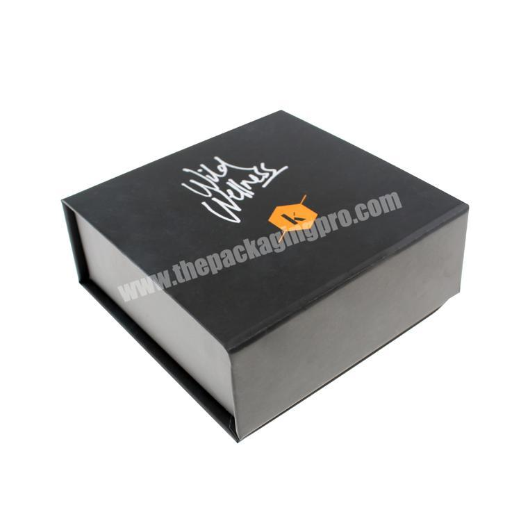 Customized Logo Printed Packing Paper Magnetic Gift Box