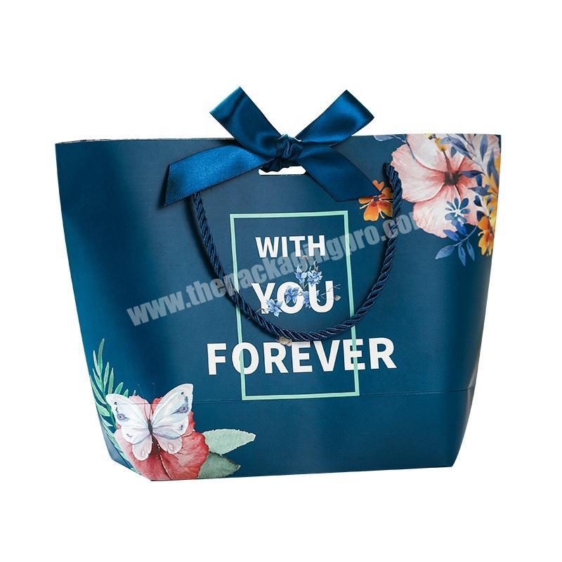 Environmental Protection Own Brand Eyelash Cosmetics Products Packing Retail Paper Bag
