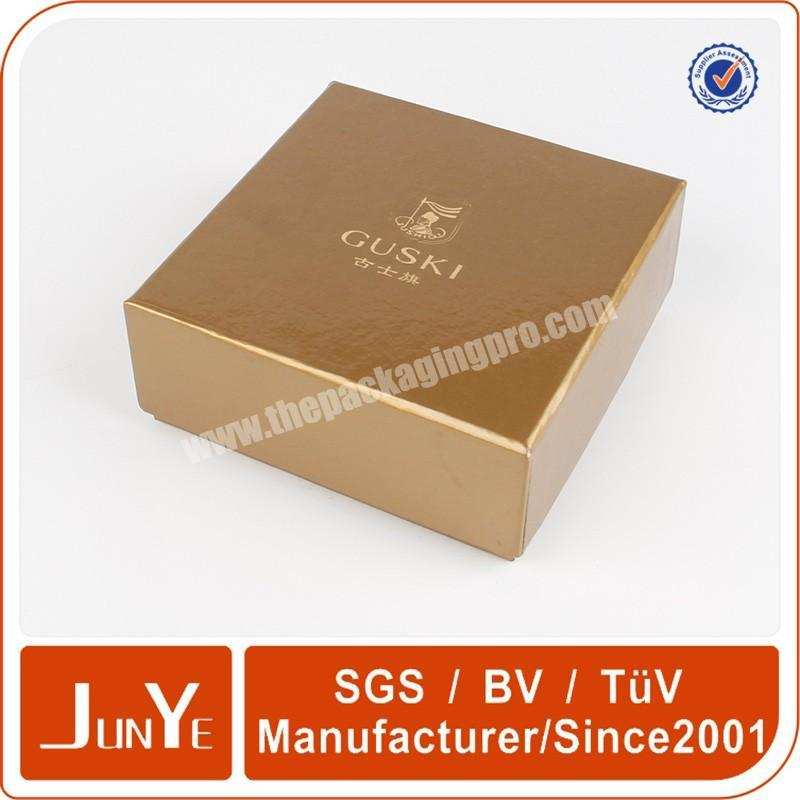 Manufacturer gold hot stamping cosmetic box packaging for essential oil