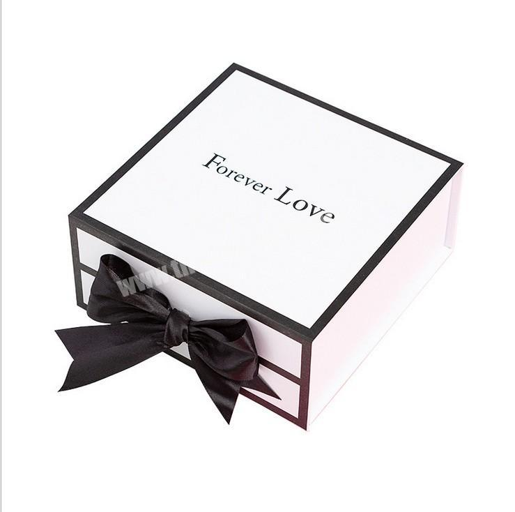 Hot Selling Customized Business Card Flip Folding Box Packing Magnetic White Gift Boxes With Black Bow