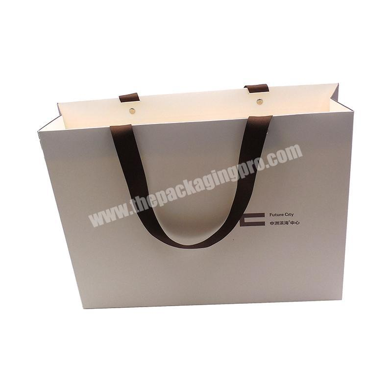 Large Size Luxury Clothes Packaging Paper Bag With Your Own Logo,Recycled Brown Kraft Paper Bag,Custom Paper Bag
