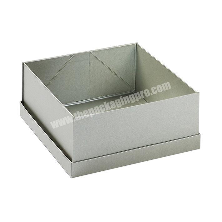 Luxury Custom Garment Packaging Box with Magnet Closure Costume Shipping Cartons