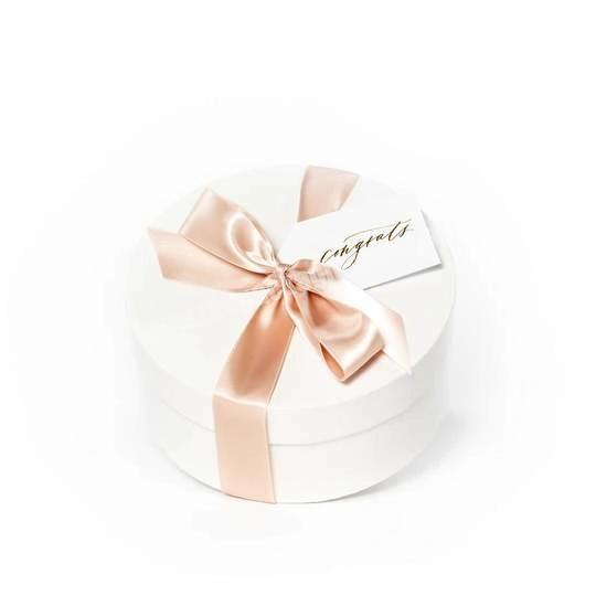 Wholesale Luxury New Born Baby Shower Gift Packaging Design Round Baby Gift Box With Ribbon