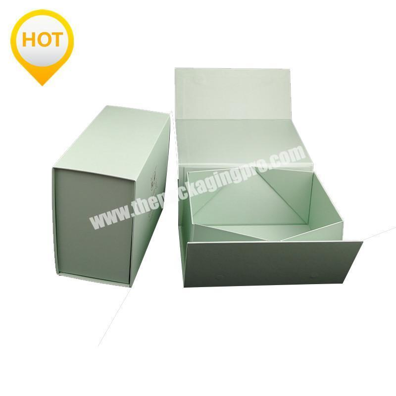 Luxury Rigid and Lovely Green Color Paper Magnet Closure Folding Style Packaging Gift Box