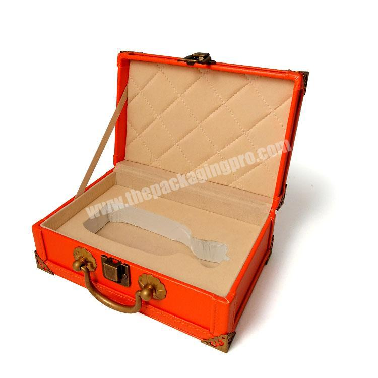 Wholesale Vintage MDF wooden keychain perfume suitcase gift box PU leather with lock