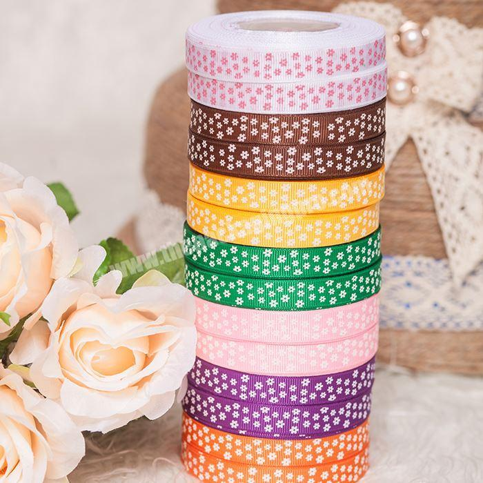 Weaving striped grosgrain ribbon for wedding