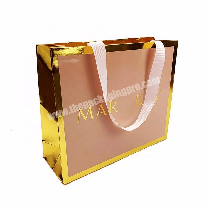 Wholesale Gold cardboard Paper Printed Packaging Paper Gift Bag For Cosmetic Packaging